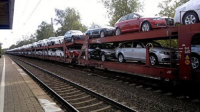 Vận chuyển ô tô bằng đường sắt Bắc Nam giá rẻ 2