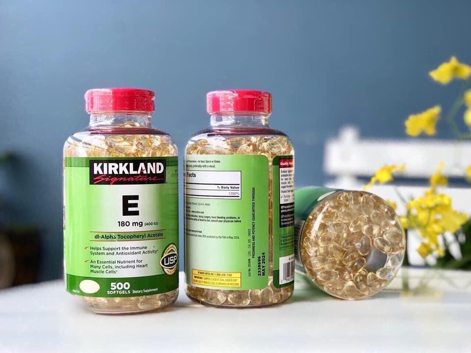 vitamin E Kirkland co ve ngoai don gian